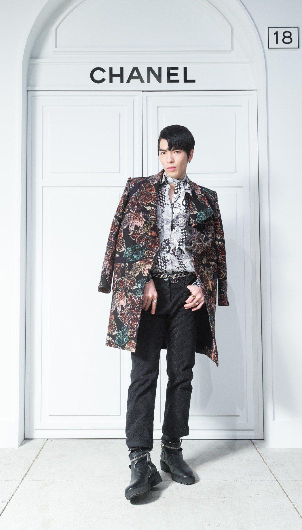 蕭敬騰今天身穿香奈兒秋冬服裝搭配Coco Crush珠寶。記者陳立凱/攝影