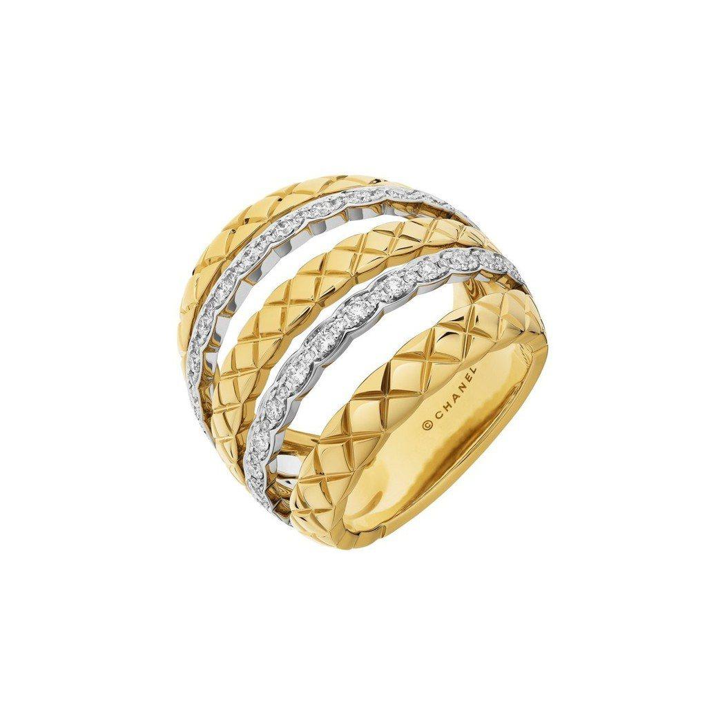 COCO CRUSH 多層次寬版戒指,18K白金與黃金鑲嵌62顆明亮式切割鑽石,...