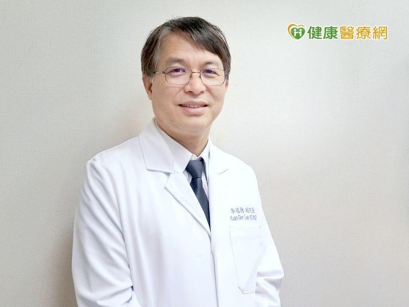 台北醫學大學附設醫院血液腫瘤科李冠德副院長指出,因為大腸癌早期沒有症狀,等到症狀...