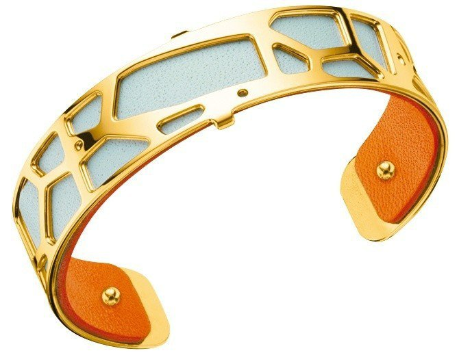 蕾香榭法式經典窄版長頸鹿紋手環,銅鍍16K金與雙色小牛皮革,3,560元。圖/蕾...