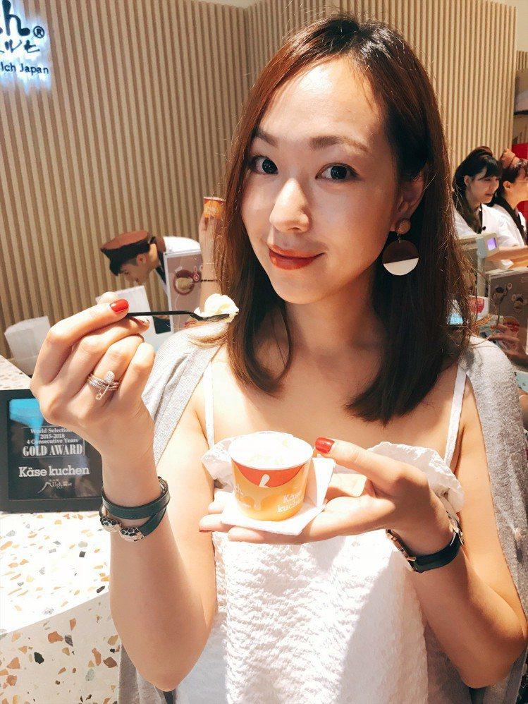 婚後淡出演藝圈的名模劉喆瑩,也大讚由布院Milch的半熟起司蛋糕,滋味跟她在日本...