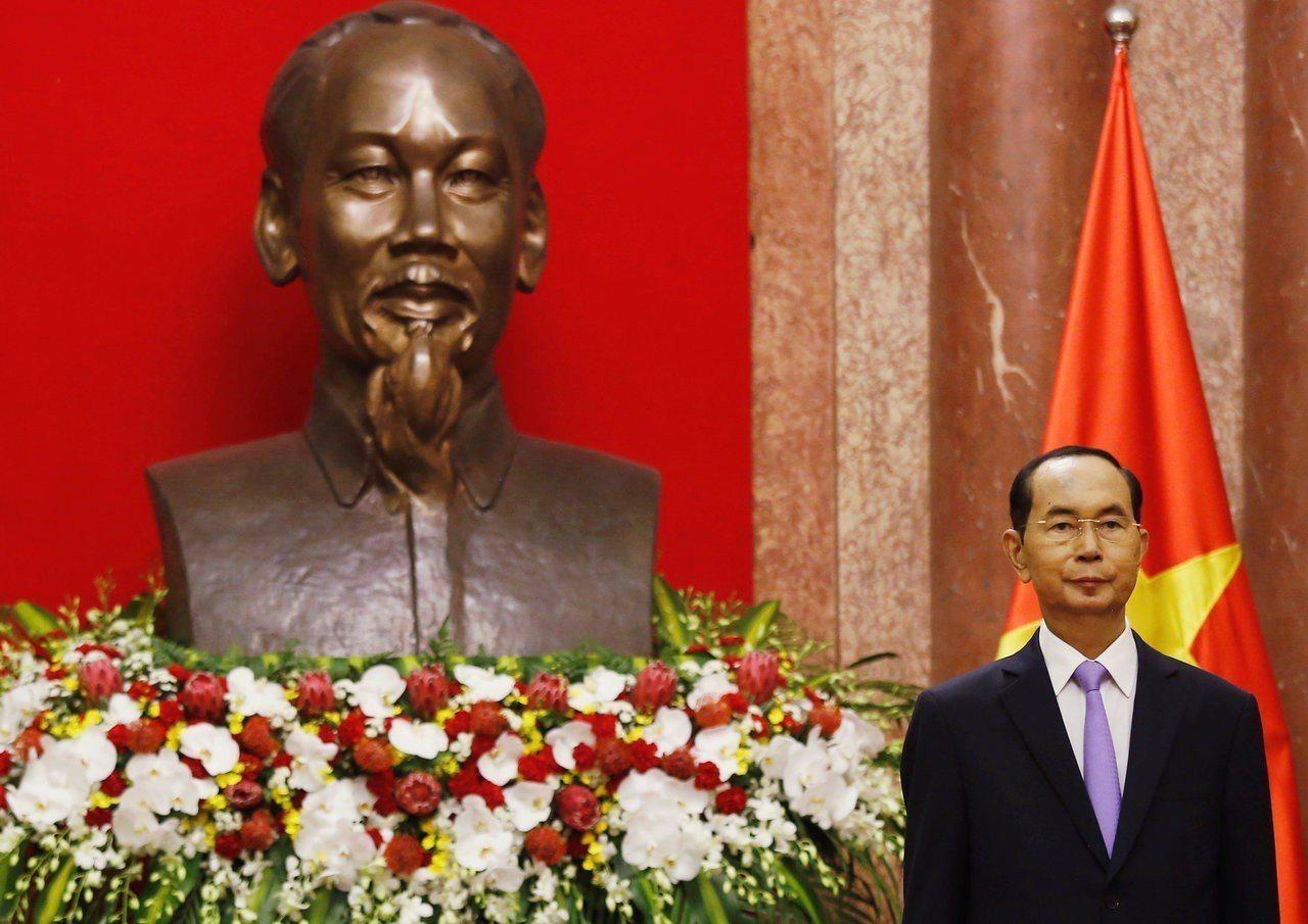 越南國家主席陳大光21日上午因病重去世,享壽61歲。路透