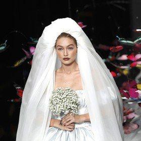 米蘭時裝周/Gigi Hadid要嫁了?Moschino面子超大幫她做嫁紗