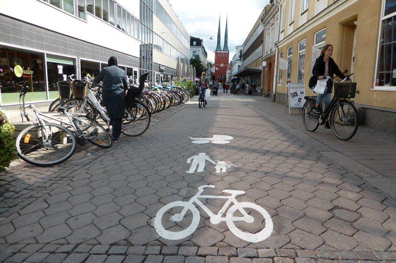 鄰里居民自治會在瑞典十分常見。 圖/路透社