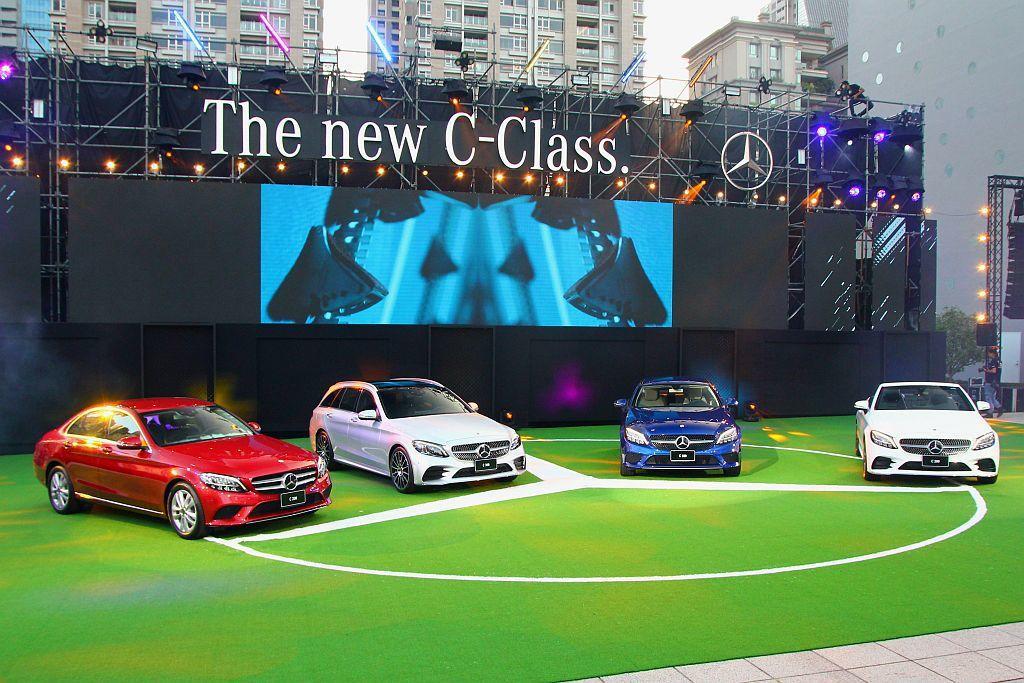 賓士旗下最暢銷的家族車系,小改款C-Class正式在台發表,售價自196萬台幣起(房車)。 記者張振群/攝影