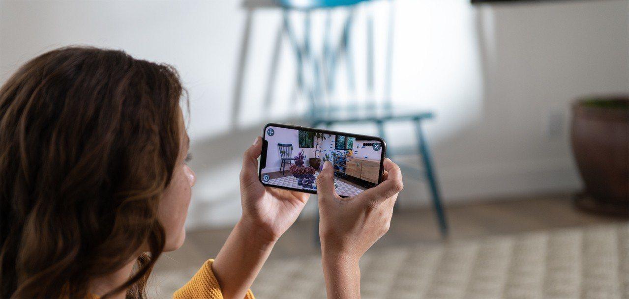 升級到A12 Bionic仿生晶片的新iPhone,各種繁複的AR效果、影像處理...
