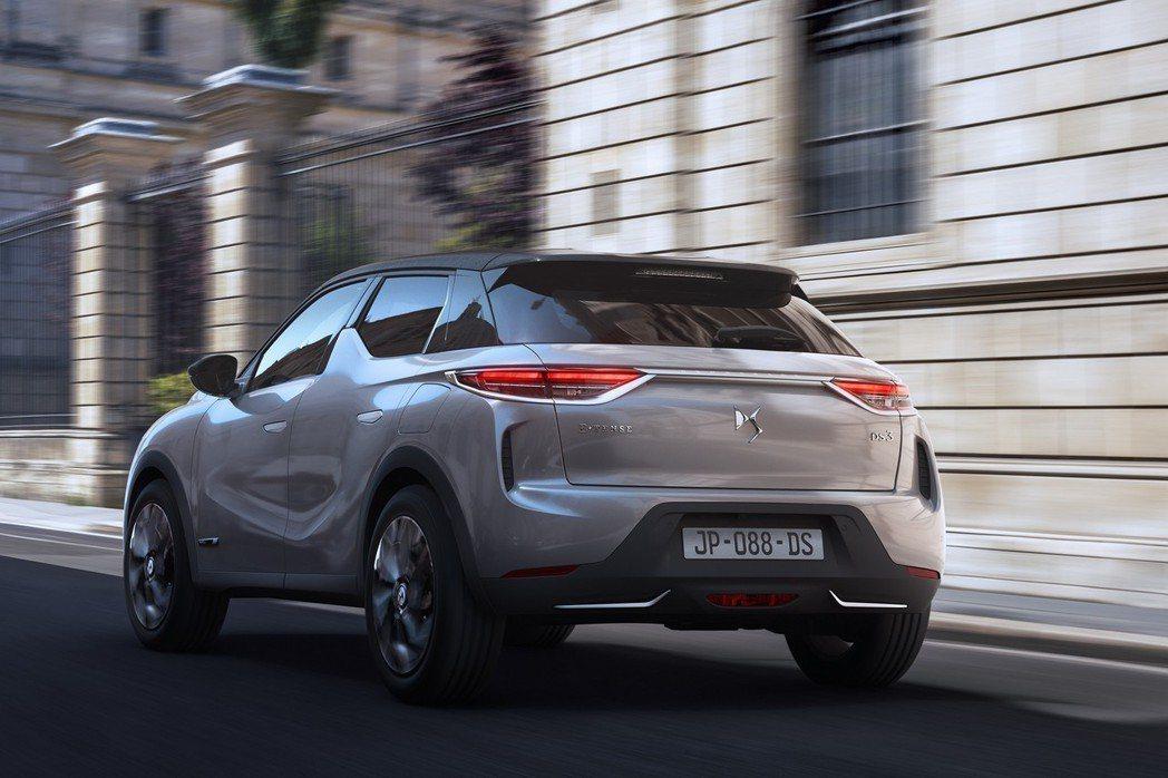 DS 3 Crossback提供汽油、柴油與純電三種動力車型。 摘自DS Aut...