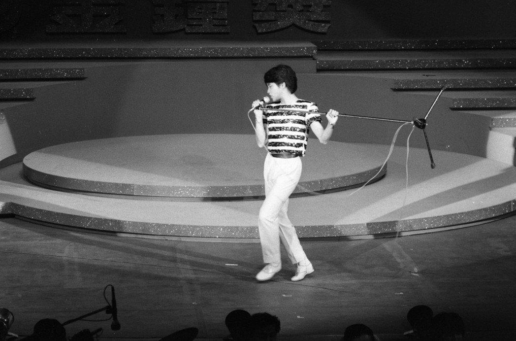 年輕時期的張國榮,演出已極具個人風格。圖/報系資料照片