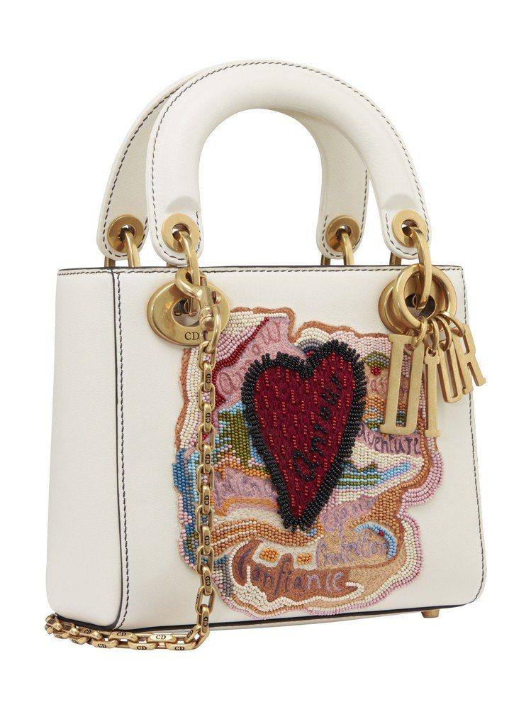Lady Dior mini白色Dioramour串珠刺繡鍊帶包,售價11萬5,...