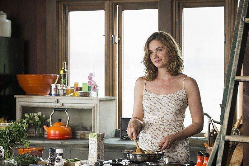 露絲威爾森因「婚外情事」獲得金球獎。圖/摘自imdb