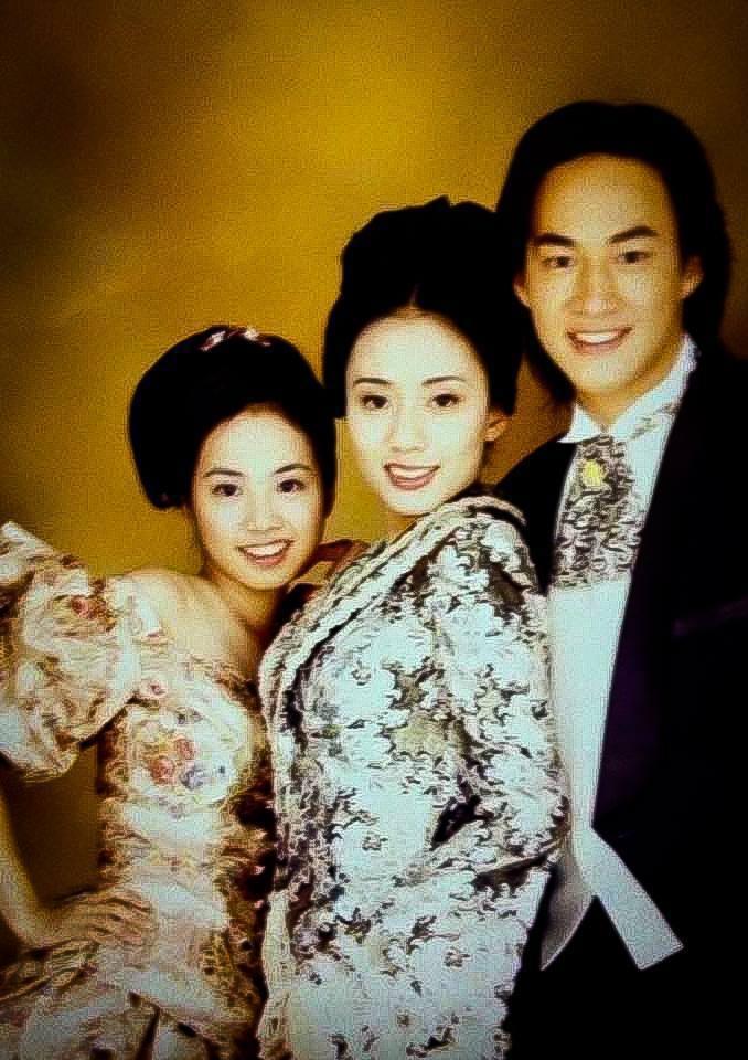 蔡依林和高慧君、何潤東多年前照片。圖/摘自臉書