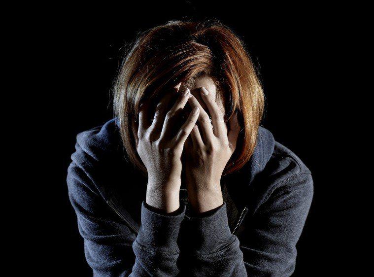 你有想過一件事嗎?20年前,光是美國保守估計就有120萬人罹患憂鬱症,而在這20...