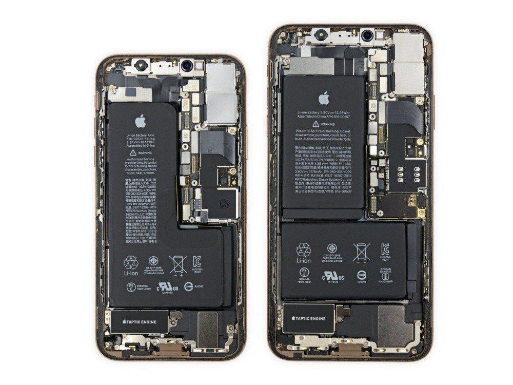 iPhone XS、iPhone XS Max電池設計明顯不同,後者採兩片組合設...