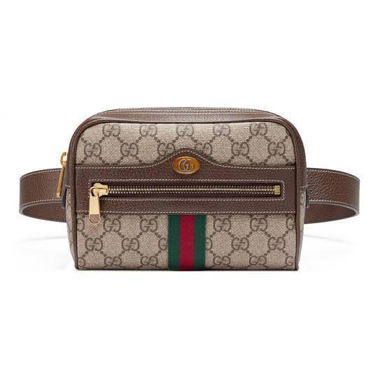 Gucci的Ophidia系列Logo腰包,主打小巧復古的古著風格。40,900...