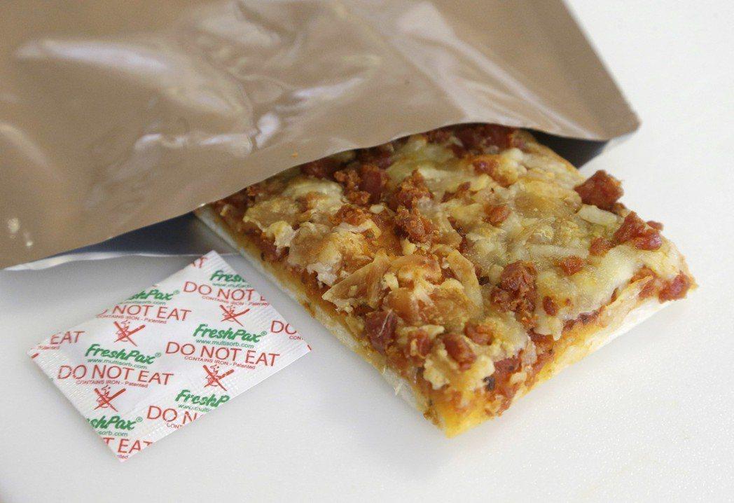 美軍的野戰披薩。(美聯社)