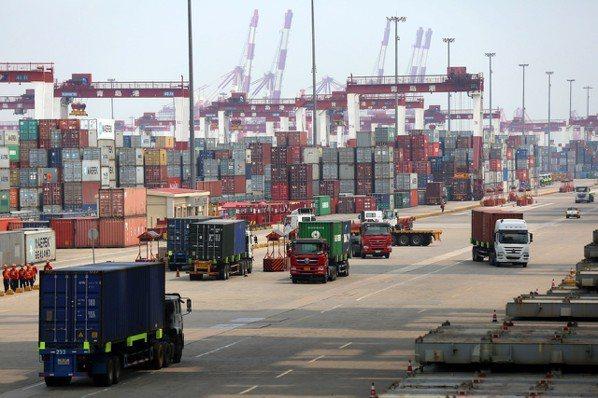 美中雙方衝突加劇,已由貿易戰向外延伸。 歐新社