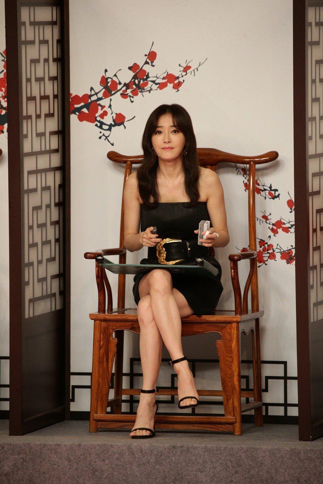 秦嵐赴香港宣傳「延禧攻略」。圖/CFP