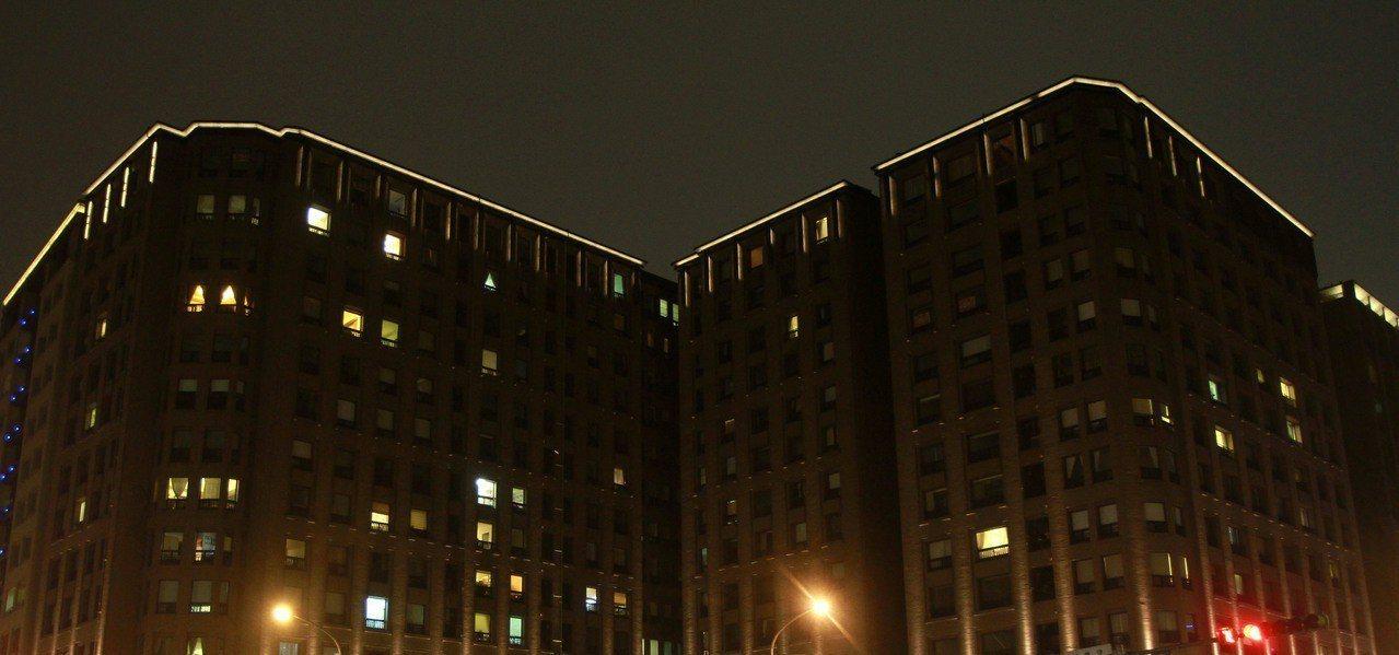 社區空屋多,除了考驗房價,也影響居住安全。 圖/聯合報系資料照片