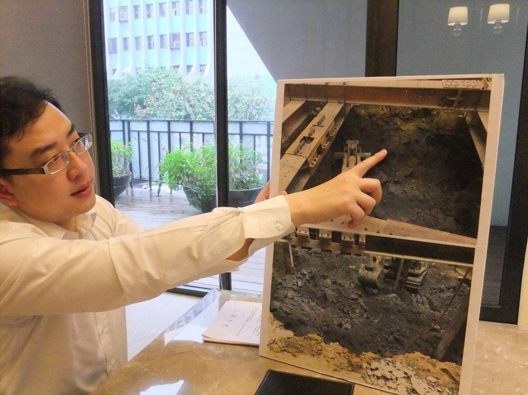 土壤液化議題升溫,購屋人高度關心,有些建案接待中心會準備地質相關資料,向看屋民眾...