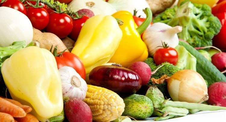 攝取營養,請記得,要以食物為主,而不是食品!減重的人更是最好少吃加工食品,而以天...