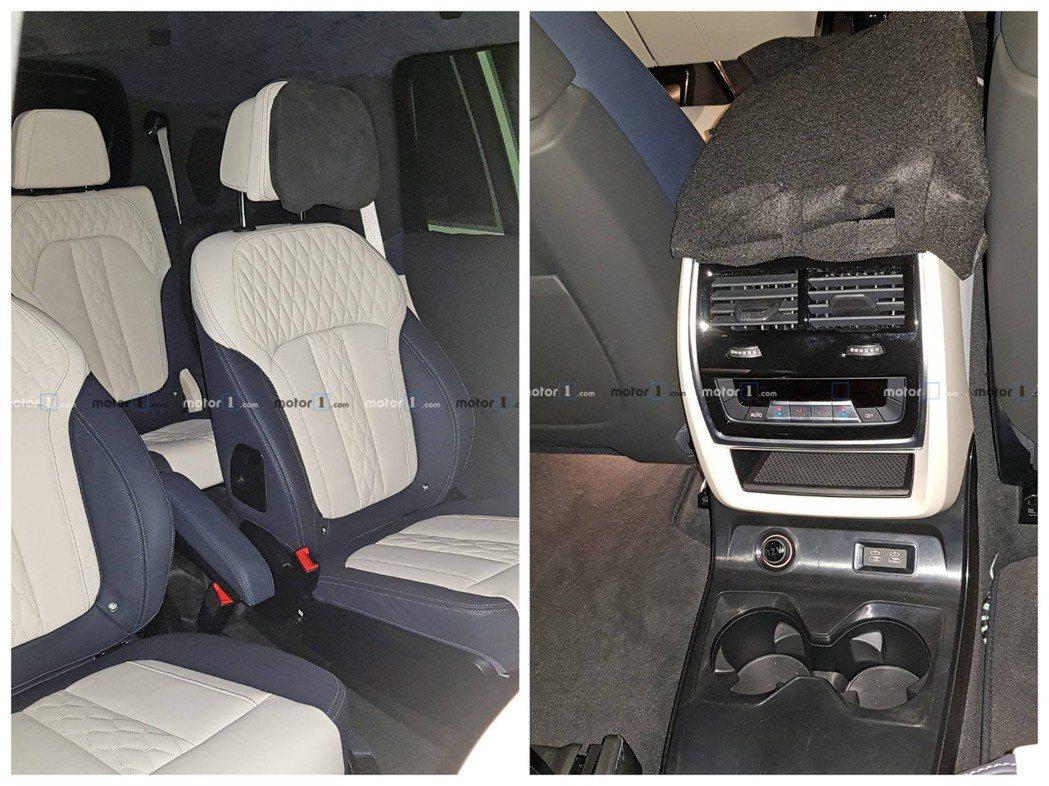 從無偽裝內裝照可看出全新BMW X7真的是輛三排、七人座車型。 摘自Motor ...