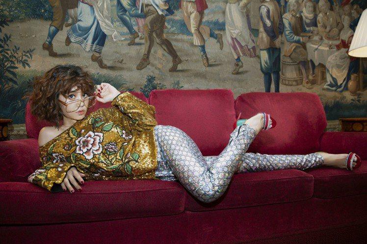 蔡依林以一身復古閃亮Disco造型現身看秀。圖/Gucci提供
