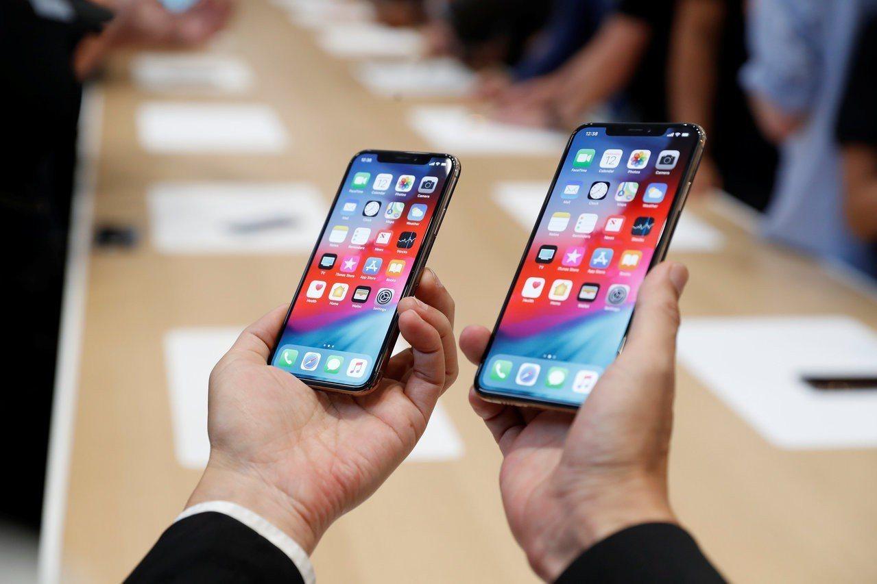 從策略面來看,iPhone透過演算法優化單鏡頭相機,補足硬體限制來搶攻換機市場;...