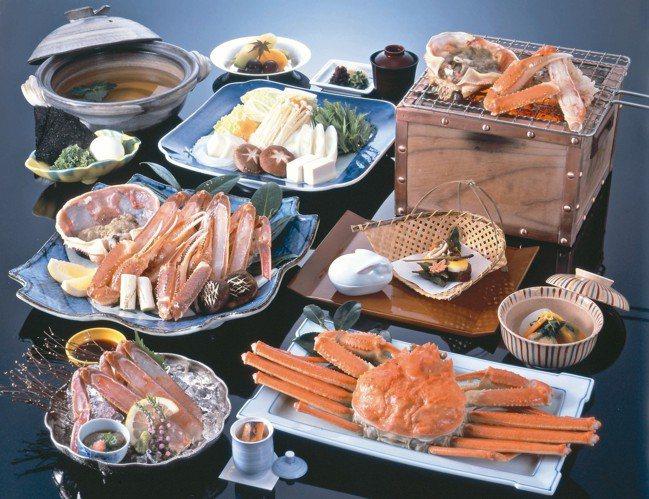 西村屋螃蟹會席料理。 圖/有行旅提供