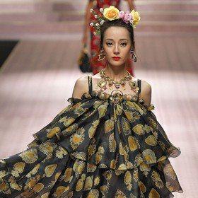 米蘭時裝周/Jessica、迪麗熱巴同台比美 Dolce & Gabbana難得政治正確