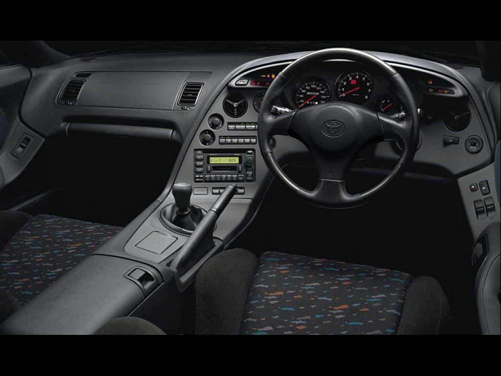 上一代的Supra手排配置才是車迷中的經典。 同款不同師傅