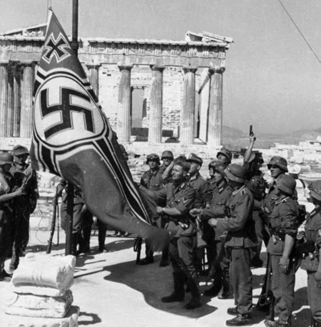 二戰期間,希臘北部遭軸心國佔領,其中西北部為德國佔領(一小部分被義大利佔領)。當...