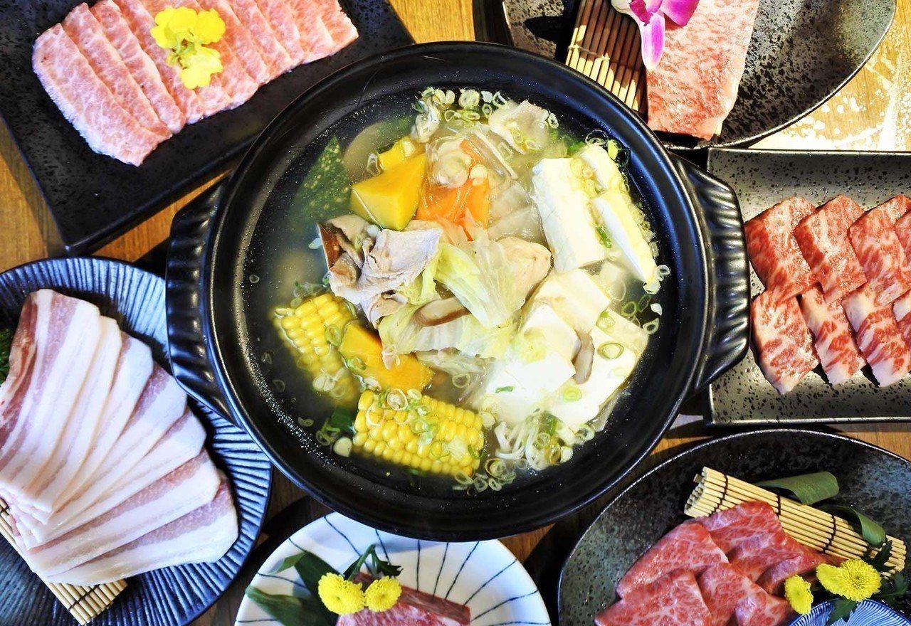(圖/台灣旅行趣) ▲若你想喝湯,那就必點招牌赤坂鍋,以大量蔬菜熬煮的高湯,再加...