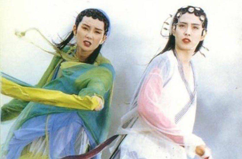 張曼玉與王祖賢分飾青蛇、白蛇。圖/摘自HKMDB