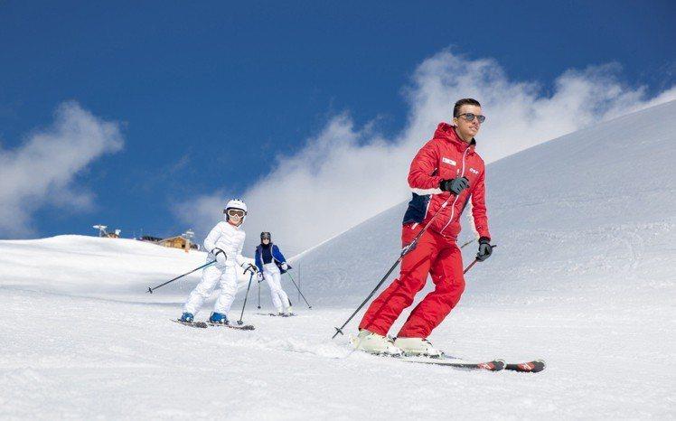 度假村有專業滑雪教練帶領。圖/Club Med提供