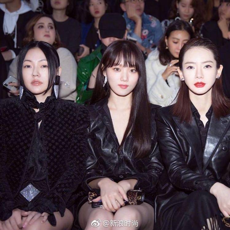 (左起)小S、韓星李聖經、大陸明星戚薇出席Saint Laurent 2019春...
