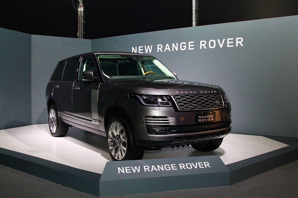 小改款Land Rover Range Rover售價自530萬台幣起。 記者張...