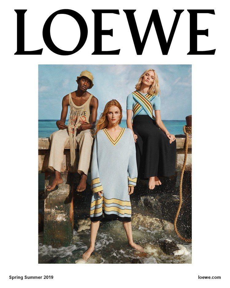 LOEWE在巴黎時裝周期間作為前導的2019春夏形象廣告具有海洋氣息。圖/LOE...