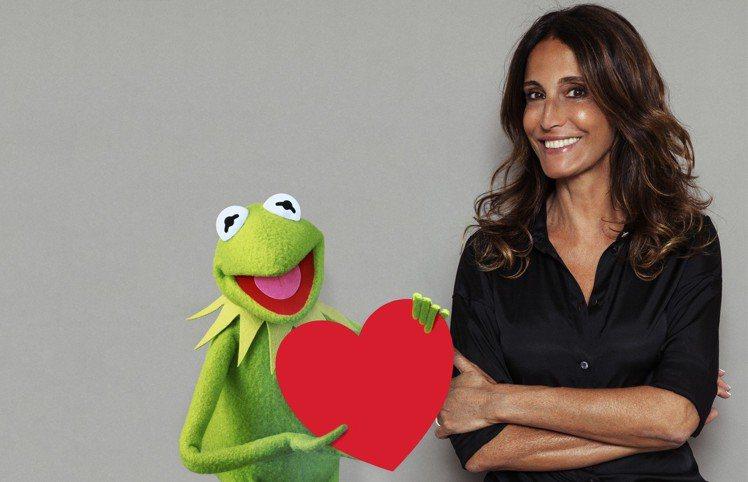 科米蛙和Sandro創意總監Evelyne Chetrite。圖/sandro提...