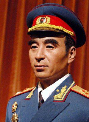 中國國家博物館內的中國蠟象館展出1955年新中國授銜十大元帥蠟像﹐其中包括林彪蠟...