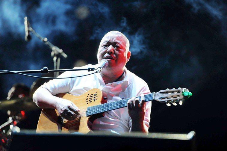 歌手臧天朔因患肝癌去世。新華社