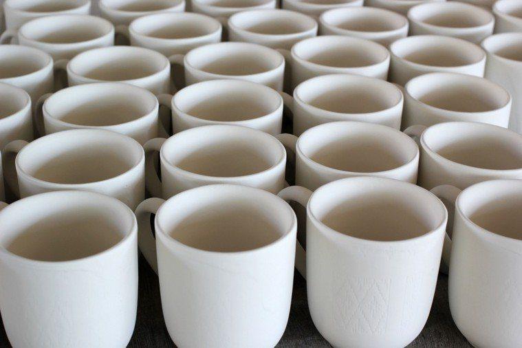 陶瓷杯。ingimage