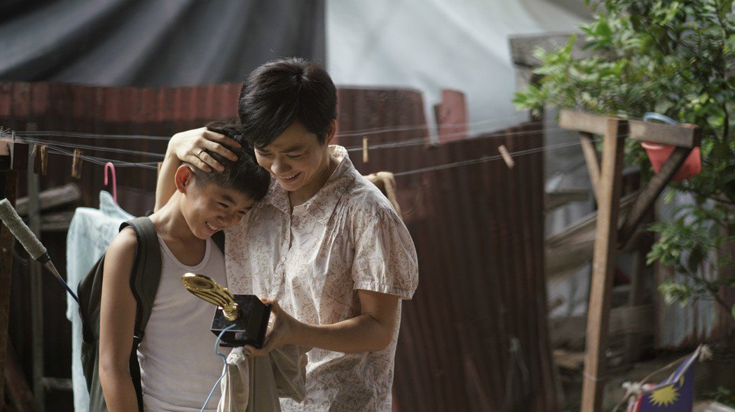 楊雁雁和小童星培養出不錯的情誼。圖/福斯傳媒集團提供