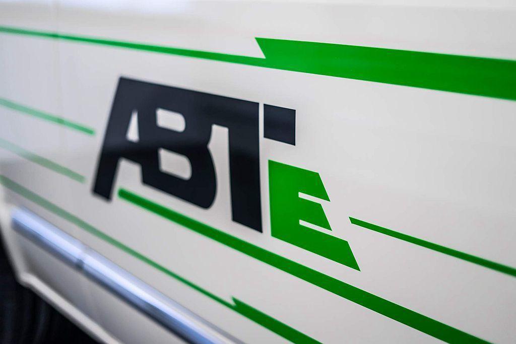 福斯商旅更和策略聯盟夥伴ABT 共同開發的ABT e-Transporter和 ...