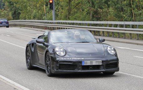 Porsche 911 Turbo Cabrio現身 抓住夏天的尾巴帥一波!