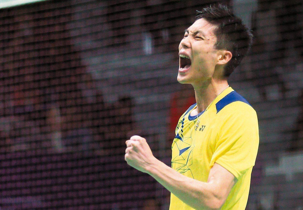 福州登場的超級750大陸羽球公開賽,世界排名高居第4的周天成創進決賽,力拼本季第...