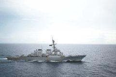 打著自由航行 美艦駛近南海島礁