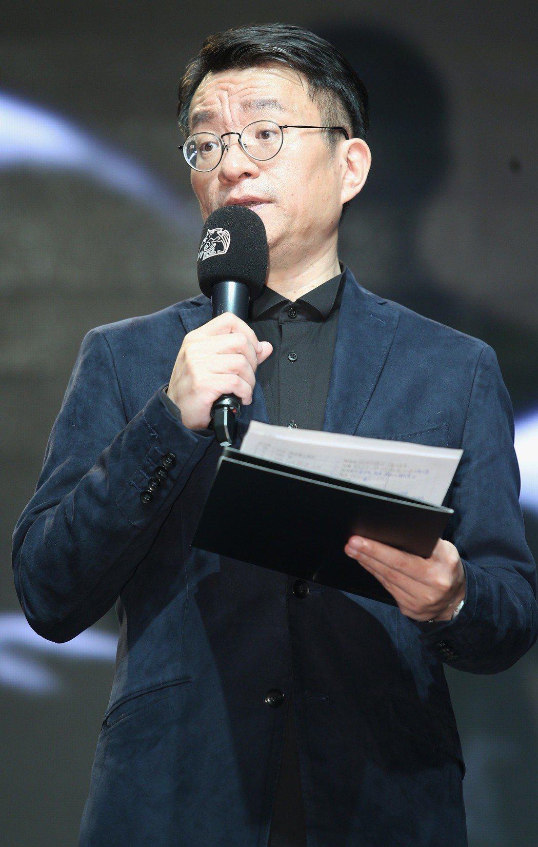 第55屆金馬獎入圍公布晚上舉行,金馬執行長聞天祥向媒體說明票選過程。記者陳正興/...