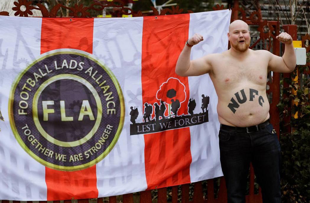 「足球兄弟聯盟」(簡稱FLA)以反恐怖主義與反對極端主義之名逐漸壯大,卻也漸漸的...