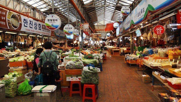東門市場 동문재래시장。 圖/blog.daum.net