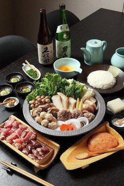 膠原蛋白美肌鍋700元/人/雞湯自然清甜無負擔,用餐中會提供湯頭試飲服務。套餐附...